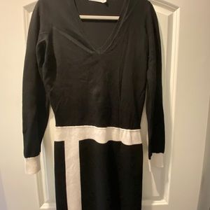 Bailey 44 Black sweater dress size medium